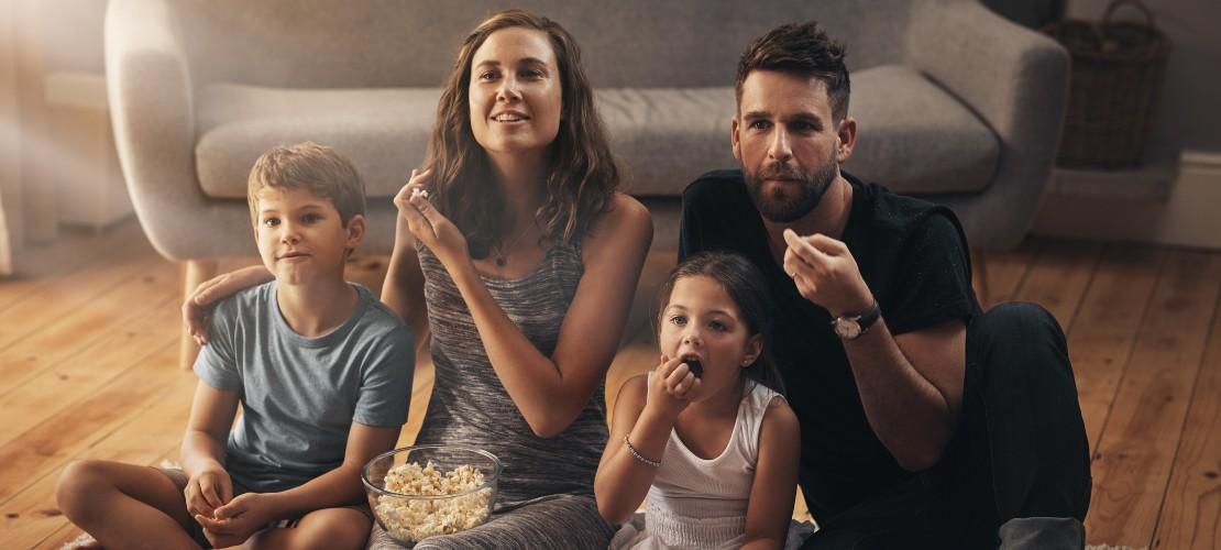Confira 7 ótimos filmes educativos para assistir com seus filhos